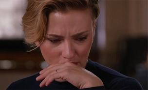 צפו: סקרלט ג'והנסון מתקשה לעצור את הדמעות (צילום: finding your roots\ PBS, חדשות)