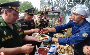 תחרות טבחים צבאיים ברוסיה (צילום: חדשות 2)