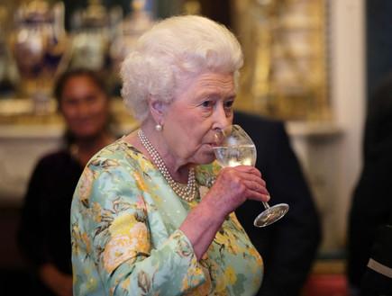 הלם בבית המלוכה: האחיין של המלכה ואשתו מתגרשים