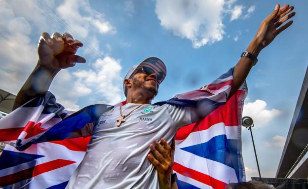לואיס המילטון זוכה באליפות פורמולה 1 - Clive Mason (צילום: GettyImages)
