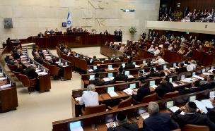 החוק עבר ברוב של 52 תומכים (צילום: קובי גדעון פלאש 90)