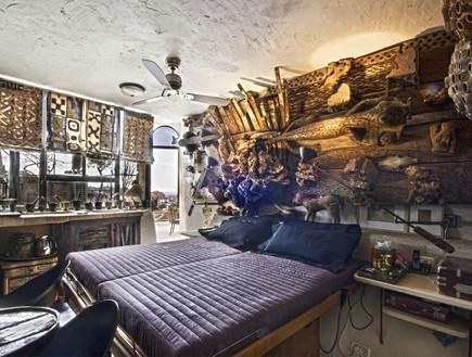 בית אילנה גור, שינה