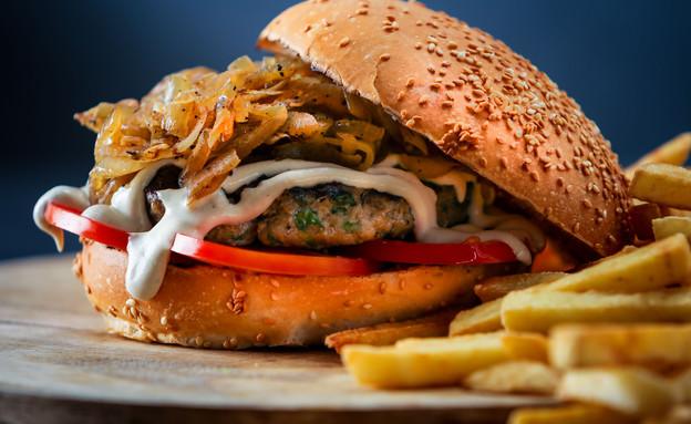 המבורגר מזרחי, בורגר סאלון (צילום: ישראל אלפסה, יחסי ציבור)