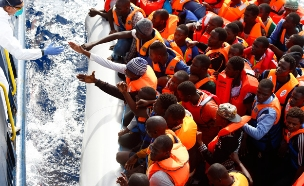 מהגרים שכן הצליחו להגיע לאירופה. ארכיון (צילום: רויטרס)