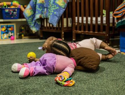 ילדים במעון לנשים מוכות - תמונות אמיתיות