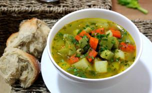 מרק ירקות (צילום: אסתי רותם, אוכל טוב)