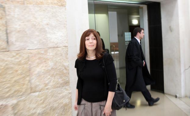 אשתו של עמיר (צילום: קובי גדעון / פלאש 90)