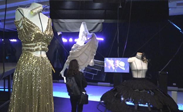 תערוכה לזכר רונית אלקבץ (צילום: החדשות)
