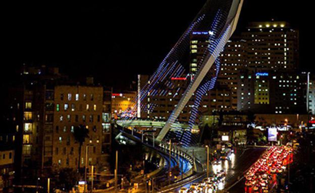 גשר המיתרים בכניסה לי-ם, היום (צילום: יחיאל גורפיין/TPS)