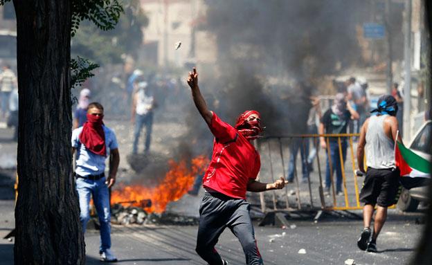 חמאס קורא לאינתיפאדה, כוננות בי-ם (צילום: רויטרס)