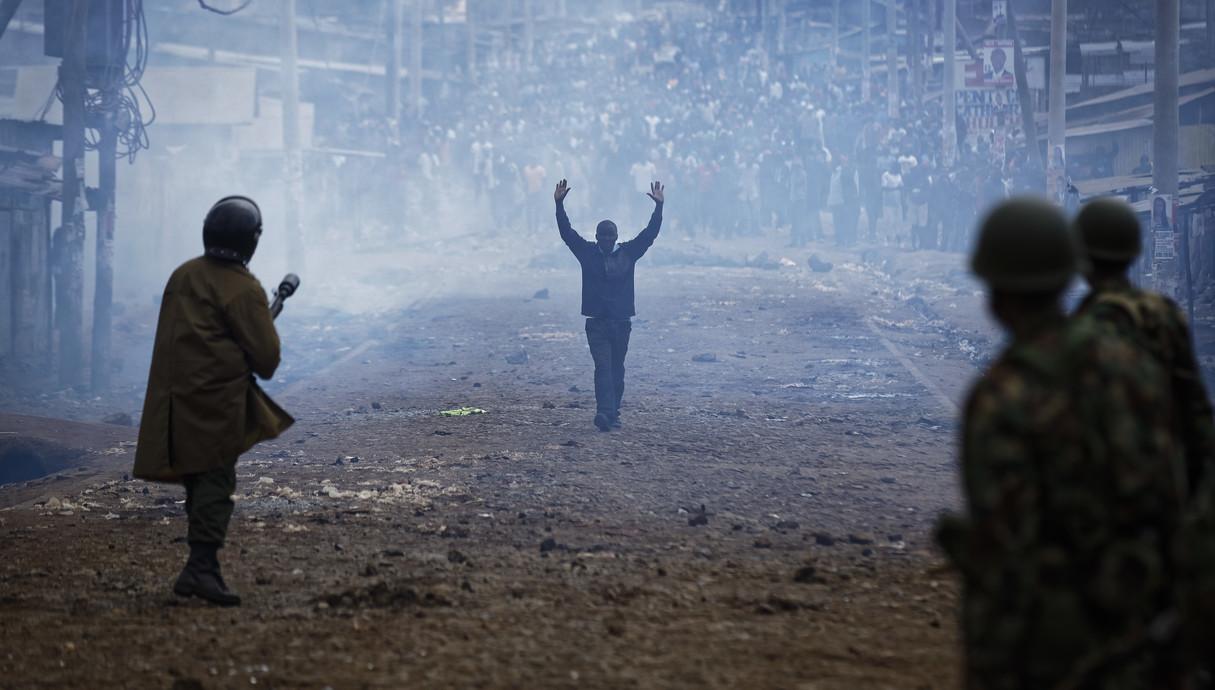 מהומות בבחירות בקניה 10.8