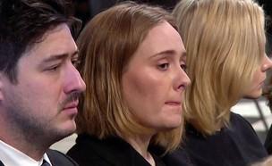אדל בוכה (צילום: BBC ; צילום מסך)