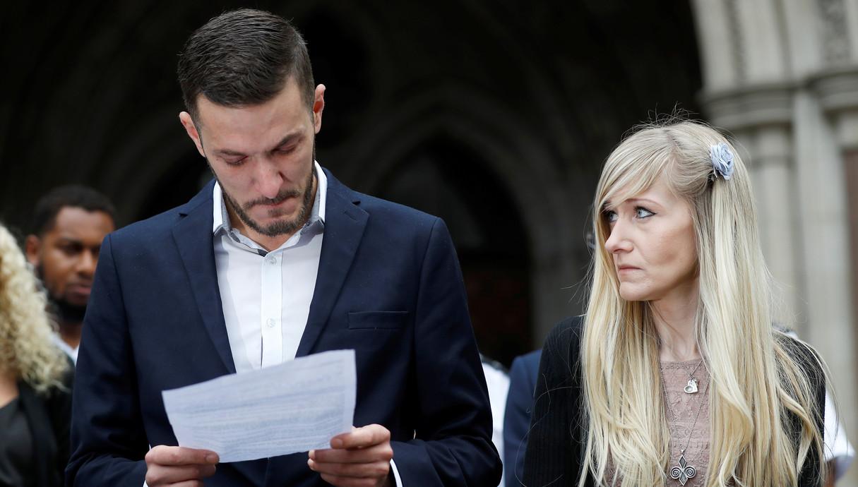ההורים של צ'ארלי גארד עם החלטת בית המשפט