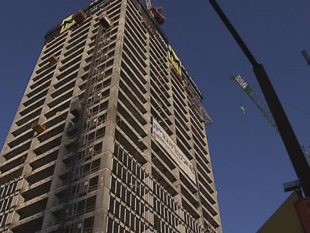 בניין בו נהרגו שני פועלי בניין (צילום: חדשות 2)