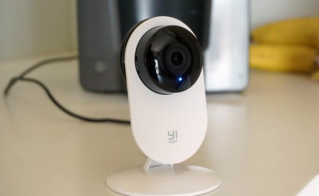 מצלמת אבטחה Yi Home 2 (צילום: איתי מקמל, NEXTER)