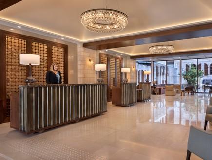 מלון סטאי, לובי