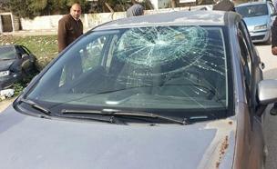 הישראלים יידו אבנים בתוך בית ספר בבורין (צילום: חדשות 2)