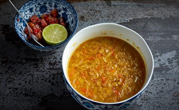 מרק כרוב עם חזה אווז מעושן (צילום: אמיר מנחם, מאסטר שף)