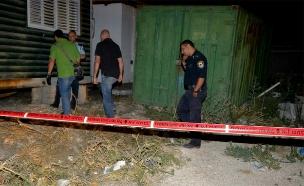 שוטרים בזירת רצח, ארכיון (צילום: פייסבוק משטרת ישראל)