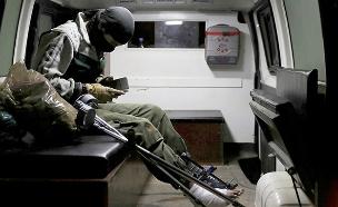 מורד שפונה מאזור הגבול (צילום: רויטרס)