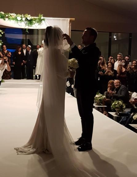 נופר מור התחתנה (צילום: אלון חן)