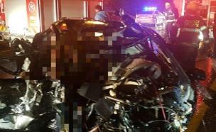 """2 הרוגים ו-3 פצועים בתאונה הקטלנית (צילום: תיעוד מבצעי מד""""א)"""