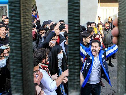 מחאות בטהרן נגד המשטר, אירן