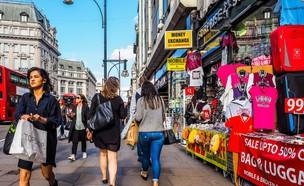 קניות בלונדון (צילום: Claudio Divizia, shutterstock)