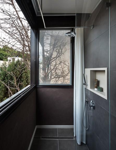 בית הפסנתרן, ג, מקלחת (35) (צילום: Amit Gosher)