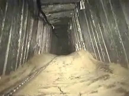 """המנהרה שהושמדה אתמול (צילום: דובר צה""""ל)"""