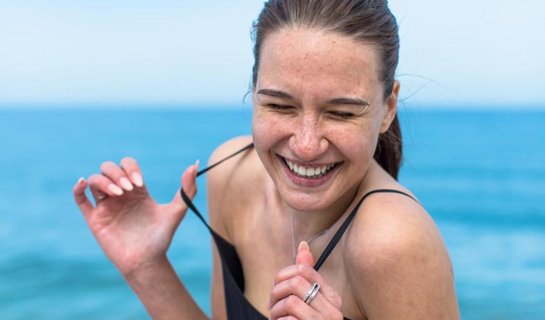 אישה מאושרת (צילום: אימג'בנק / Thinkstock)