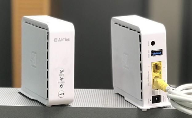 נתבי Mesh של חברת AirTies בשירות סלקום סופר WiFi (צילום: אהוד קינן, NEXTER)