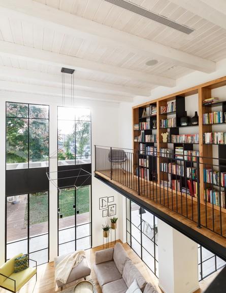 מיכל מטלון, ג, ספרייה (צילום: אורית ארנון)
