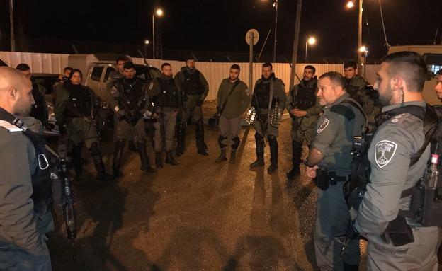 """פעילות הימ""""מ, הלילה (צילום: דוברות המשטרה)"""
