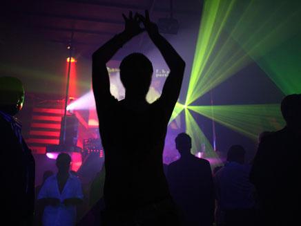 3 מהמקרים בתוך או אחרי בילוי במועדון