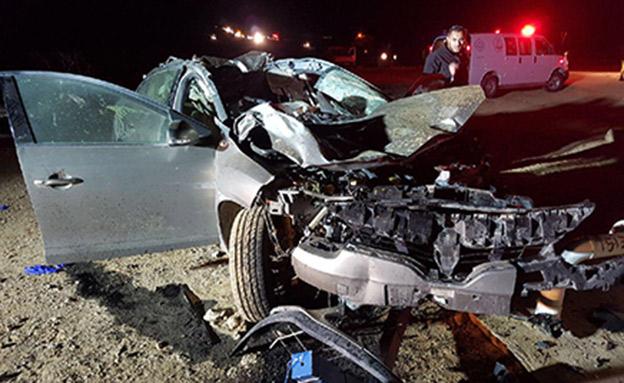 זירת התאונה בכביש 40 (צילום: דוברות מדא)