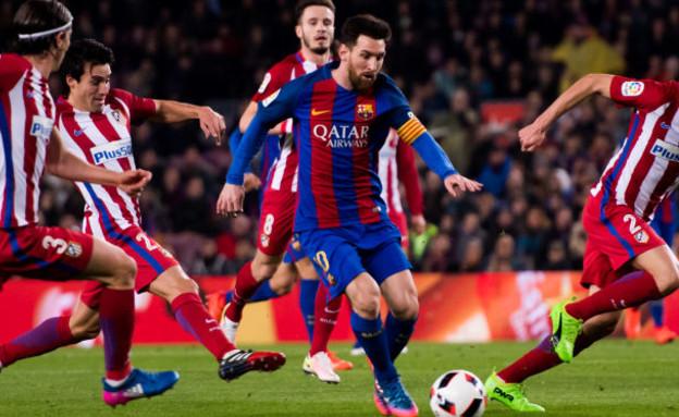 ליונל מסי במשחק של ברצלונה נגד אתלטיקו מדריד (צילום: Alex Caparros, Getty images)