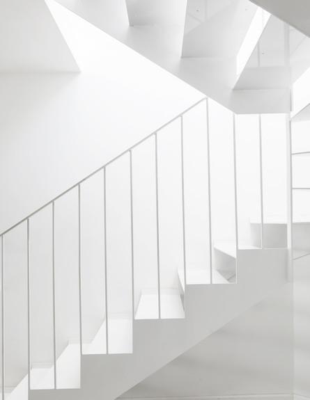 רוני ברטל, ג, מדרגות (צילום: איתי בנית)