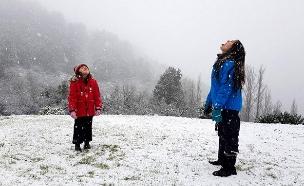 ילדות בשלג (צילום: מיקי ענבר)