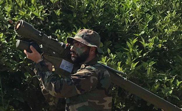 חיילי חיזבאללה בסמוך לגבול