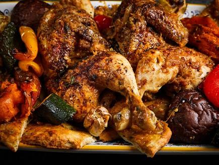 מוסחאן עוף עם ירקות אנטיפסטי
