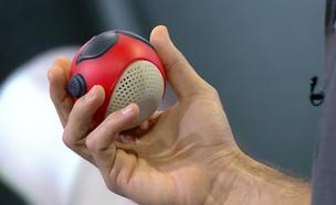 """כדור נגד מסך (צילום: מתוך """"נקסט"""", קשת 12)"""