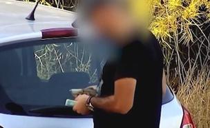 תפיסת חשודים בסחר בסמים ואמצעי לחימה (צילום: דוברות המשטרה)