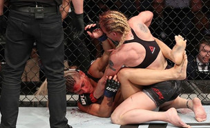 שערוריית השיפוט ב-UFC (צילום: instagram/antonina_muaythai)