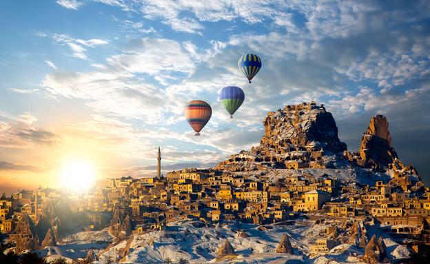 לטוס בכדור פורח בקפדוקיה (צילום: muratart, shutterstock)