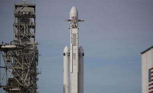הטיל פלקון הבי של ספייסX (צילום: חדשות 2)
