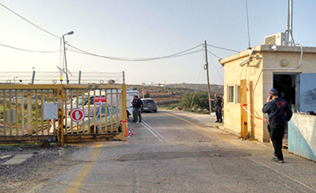 זירת הפיגוע, הבוקר (צילום: אלישיב לויתן/TPS)