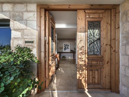 בית ינאי, עיצוב לורן רייק, סטיילינג אמיר שאול, כניסה