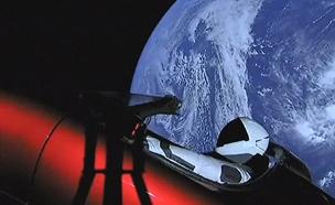 רכב של טסלה בחלל אחרי שיגור של spaceX (צילום: חדשות 2)