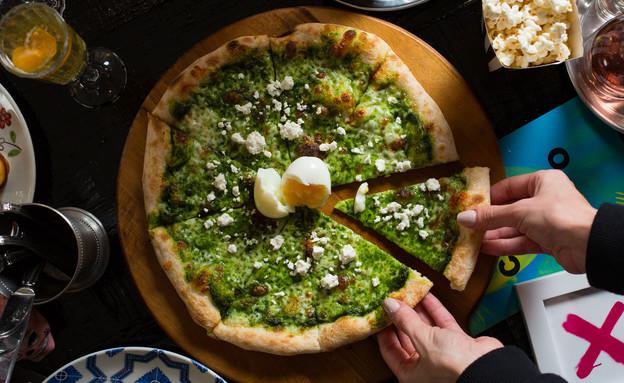 קוקו במבינו פיצה ירוקה (צילום: דרור עינב, יחסי ציבור)